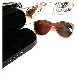 House of Harlow 1960 'Lucy' Teak Sunglasses w Case